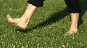 ¿Andar o correr descalzo?